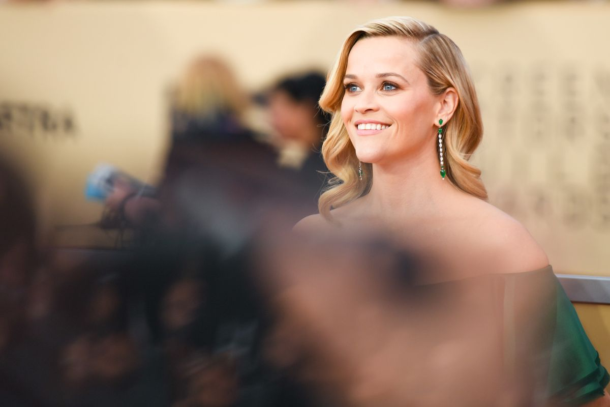 Behold Reese Witherspoon Throwing Ice Cream at Meryl Streep