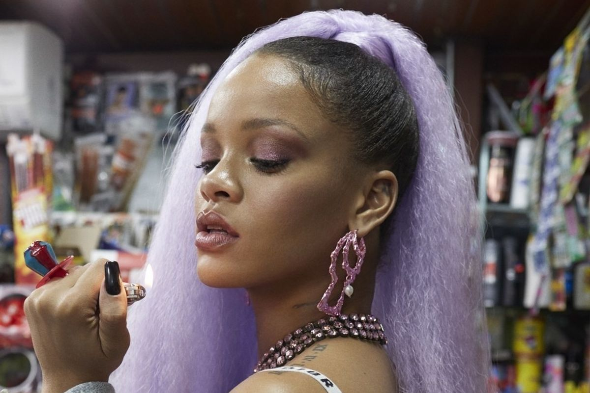 Rihanna: 'You Want to Have a Butt, Then You Have a Gut'