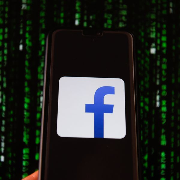 Forget Tinder, Facebook Is the Dating App of the Future