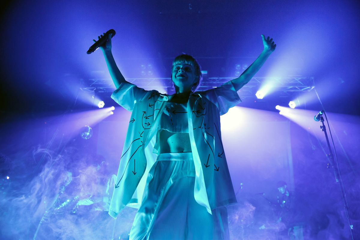 Watch Robyn Perform 'Missing U' for the First Time