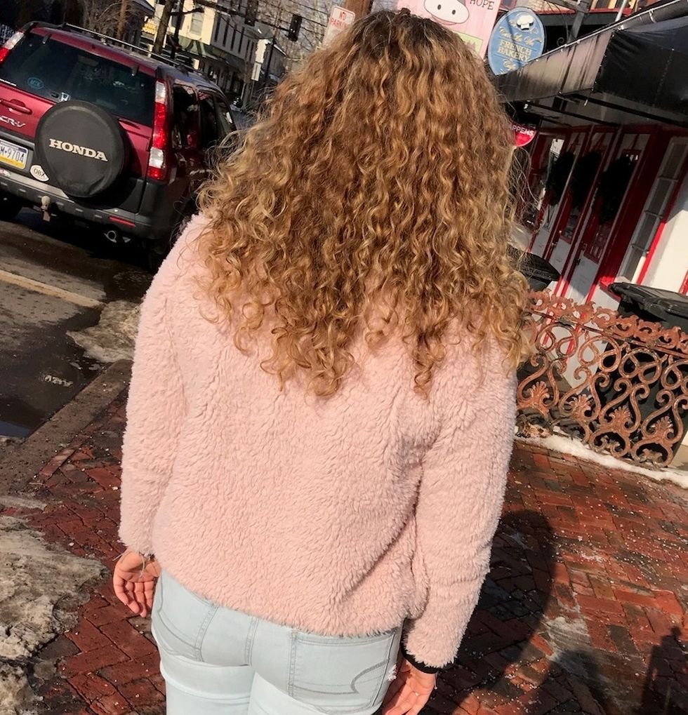 Curly Haired Girls, We All Understand These 12 Struggles