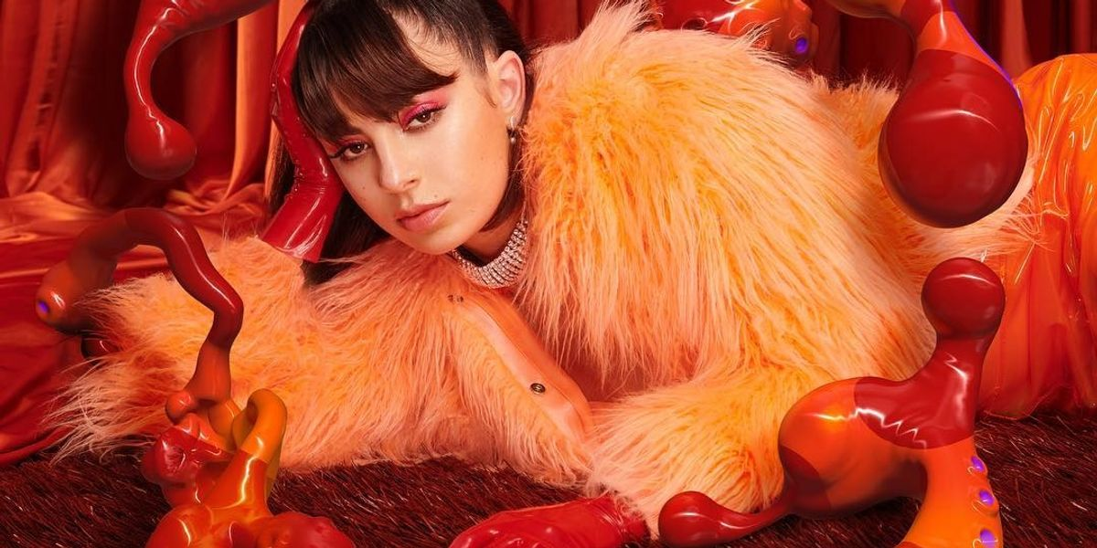 Charli XCX Teases 'Girls Night Out'
