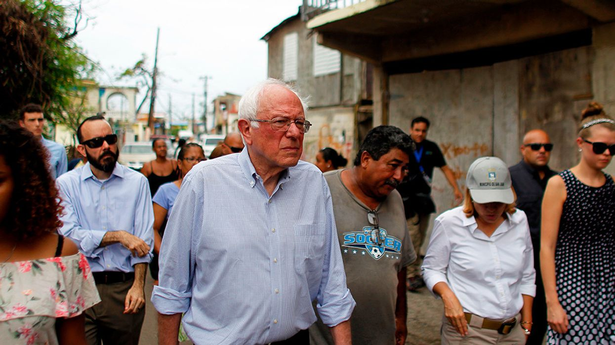 Ripping 'Greedy Wall Street Vulture Funds' Profiting From Misery, Warren and Sanders Introduce Bill to Cancel Puerto Rico's Debt