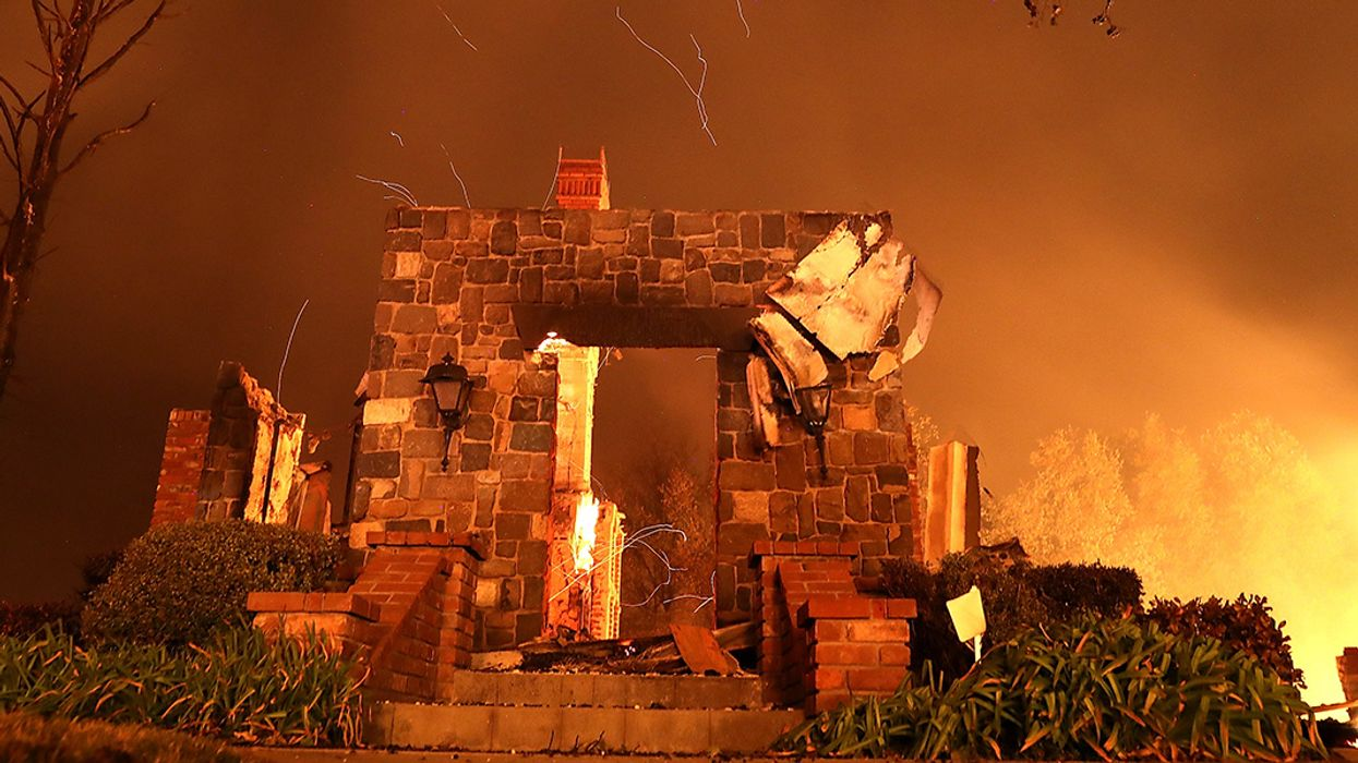 Thousands Flee 'Extremely Dangerous' Northern California Wildfire