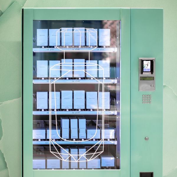 You Can Now Buy Tiffany & Co. From a Vending Machine