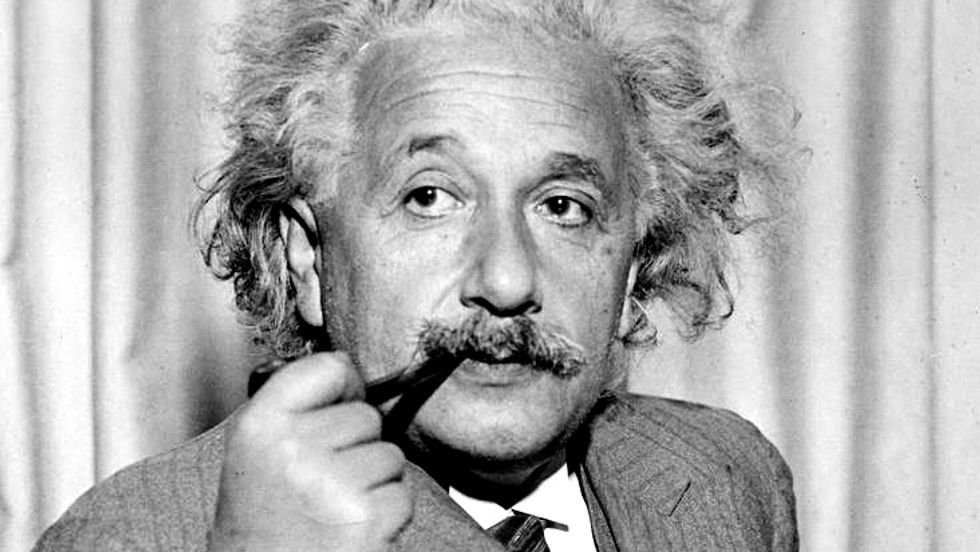Did Einstein Pray? What the Great Genius Thought about God.