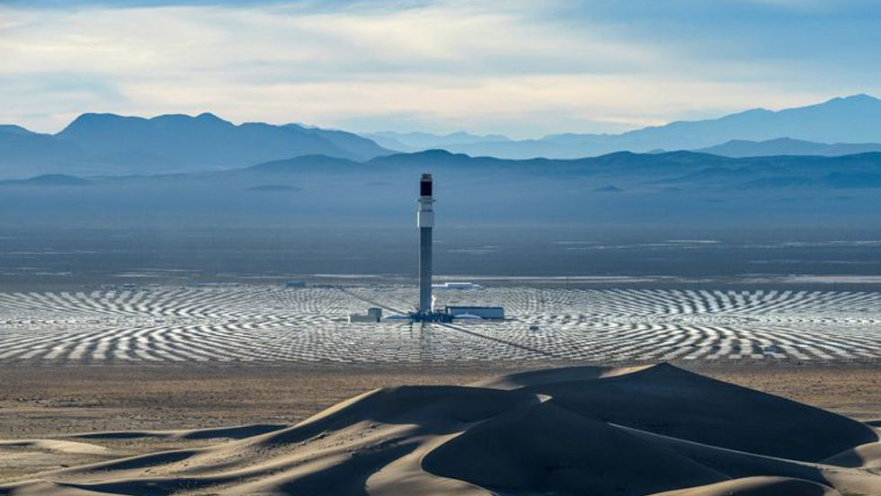 This solar power plant in Nevada could finally wean humanity off of fossil fuels