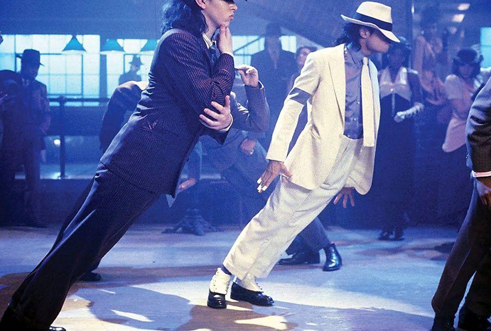 Michael Jackson dancing in 'Smooth Criminal'. 1988.