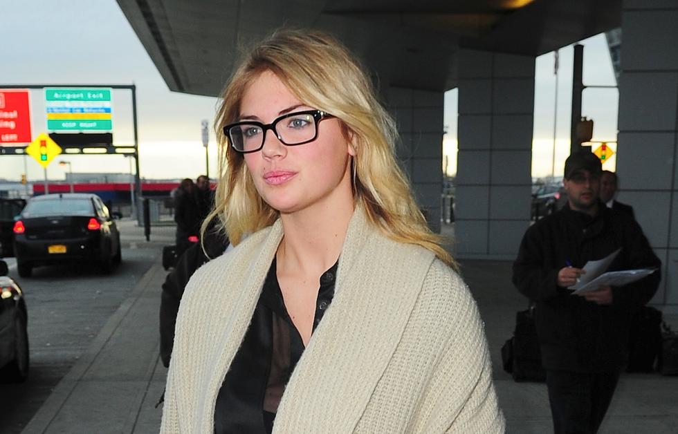 Kate-Upton-Glasses-JFK