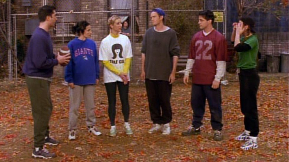 A Freshman's First Week Of College, But It's All 'Friends' .GIFs
