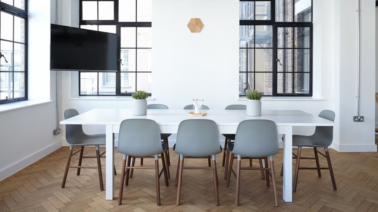 Sustainable Office Design: Can Eco-Friendly Still Be Beautiful?
