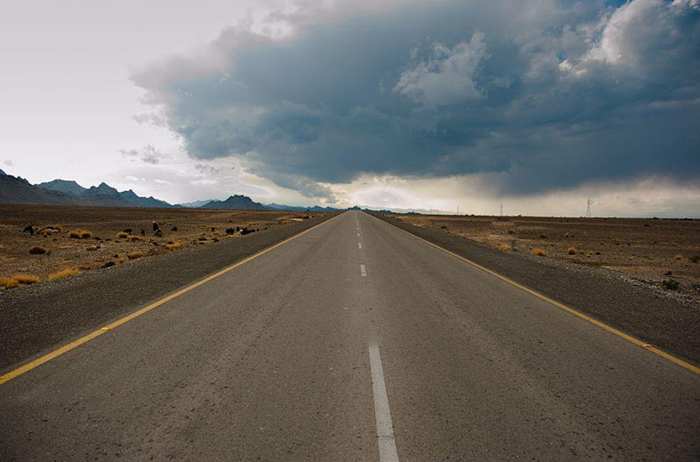 https://en.m.wikipedia.org/wiki/File:Long_Road.jpg
