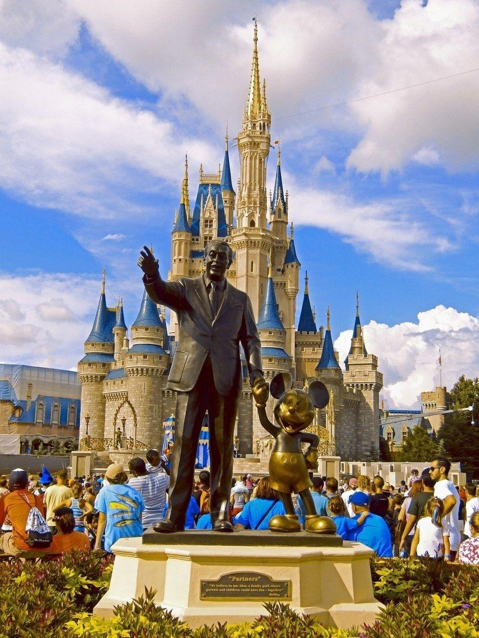 8 Signs You Are A True Disney Park Fan