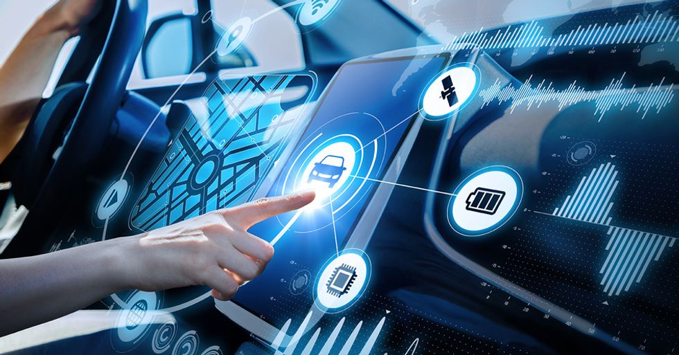 5 Advanced Car Technology of 2018: Will Change Your Car Inside Experience