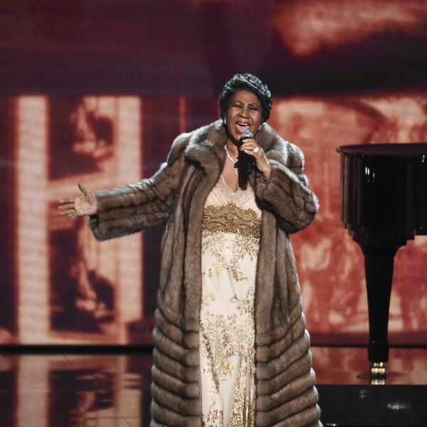We Stan for Aretha Franklin Throwing Coats