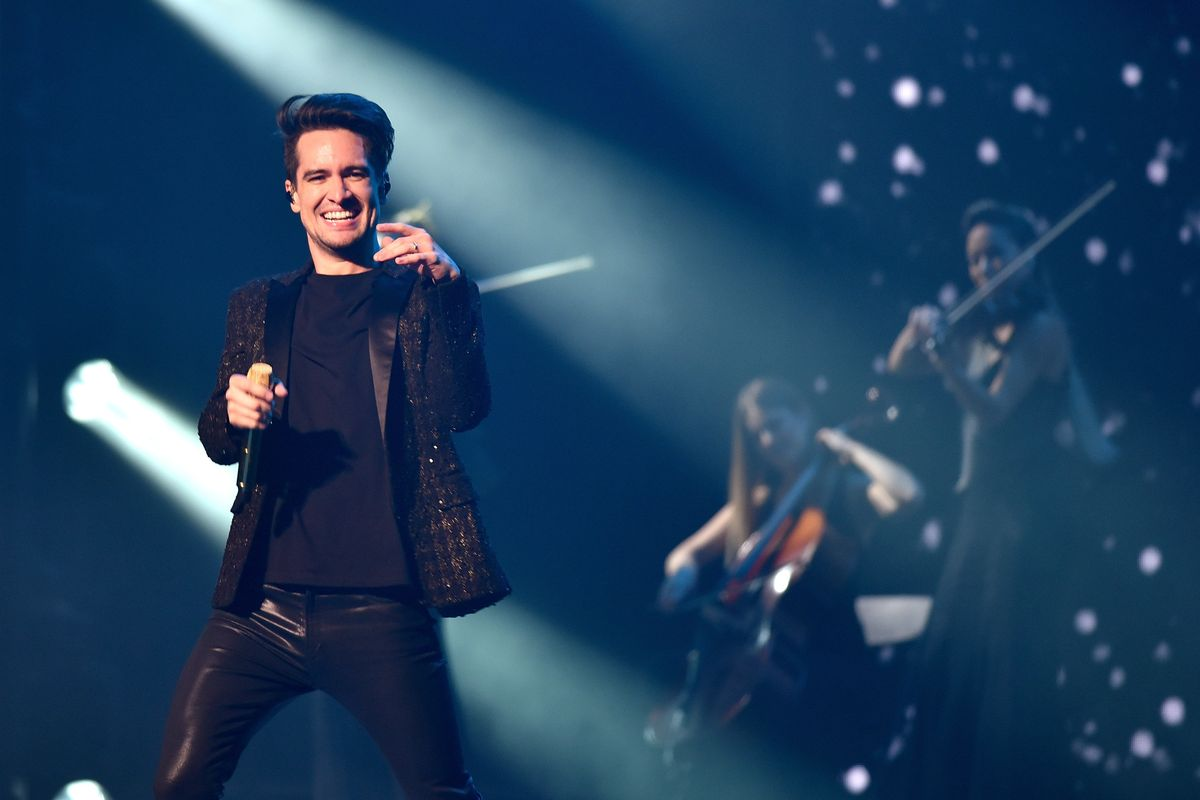 Watch Panic! at the Disco's VMAs Performance
