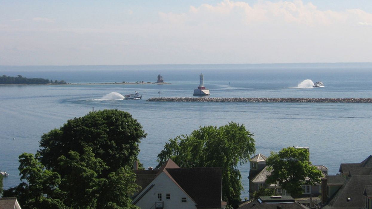Lawsuit Could Shut Down Controversial Great Lakes Pipeline