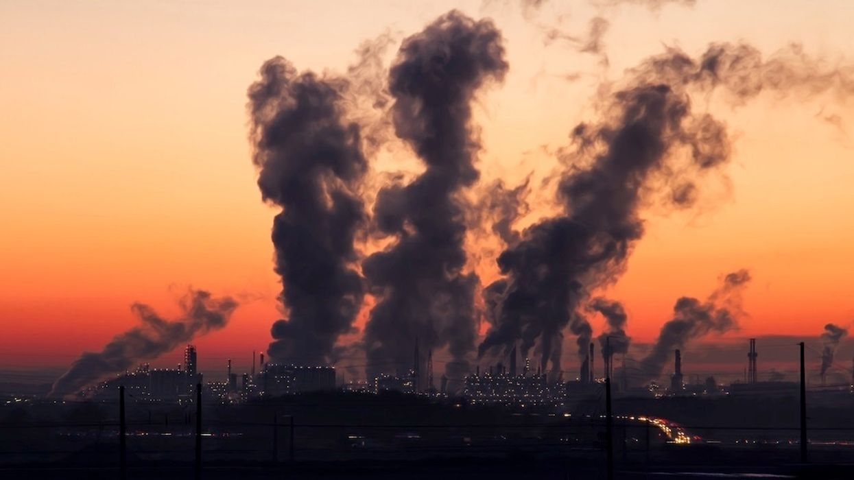 New Study Links Air Pollution to Dementia