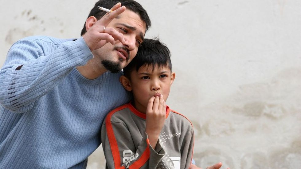 Secondhand Smoke is Child Abuse, Says Medical Expert