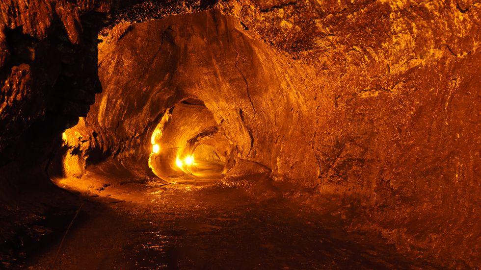 Ancient Lunar Lava Caves Could Host Human Colonies