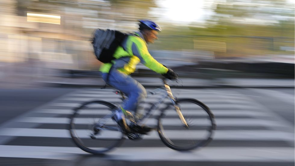 Infographic: Reasons to Consider a Bike Commute