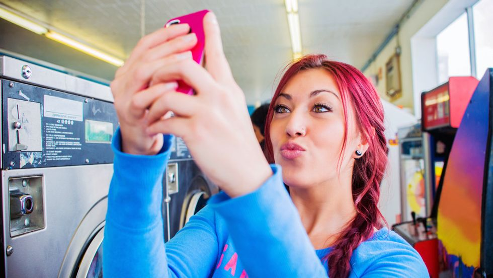 Selfies and the Corrosion of Human Memory