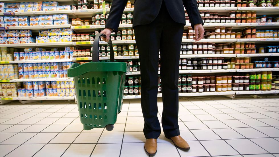 France Tackles Food Waste Epidemic with Groundbreaking Supermarket Commitments
