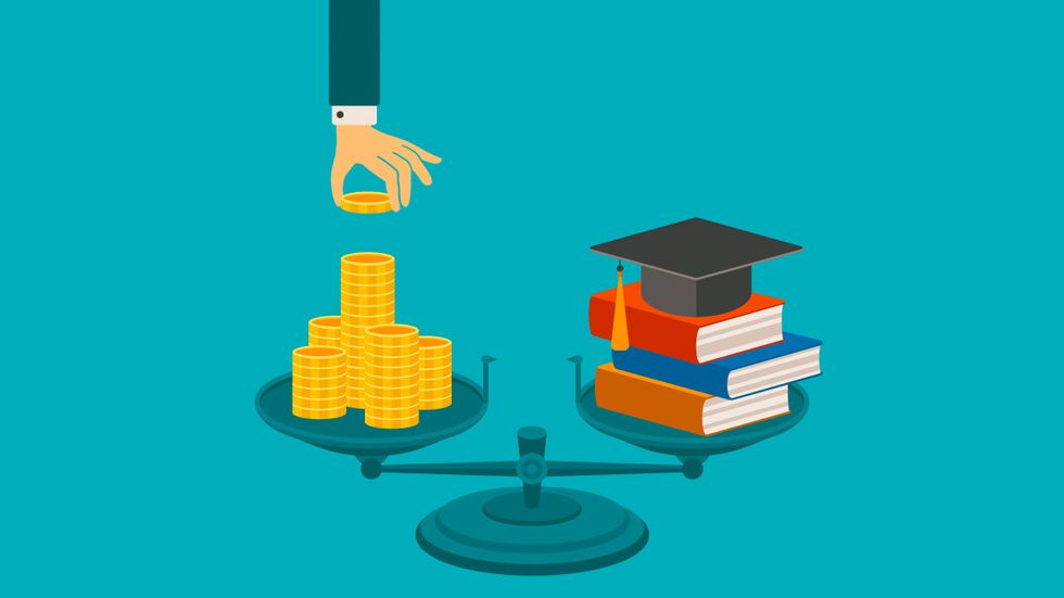 Why It's So Hard to Disrupt the Textbook Industry
