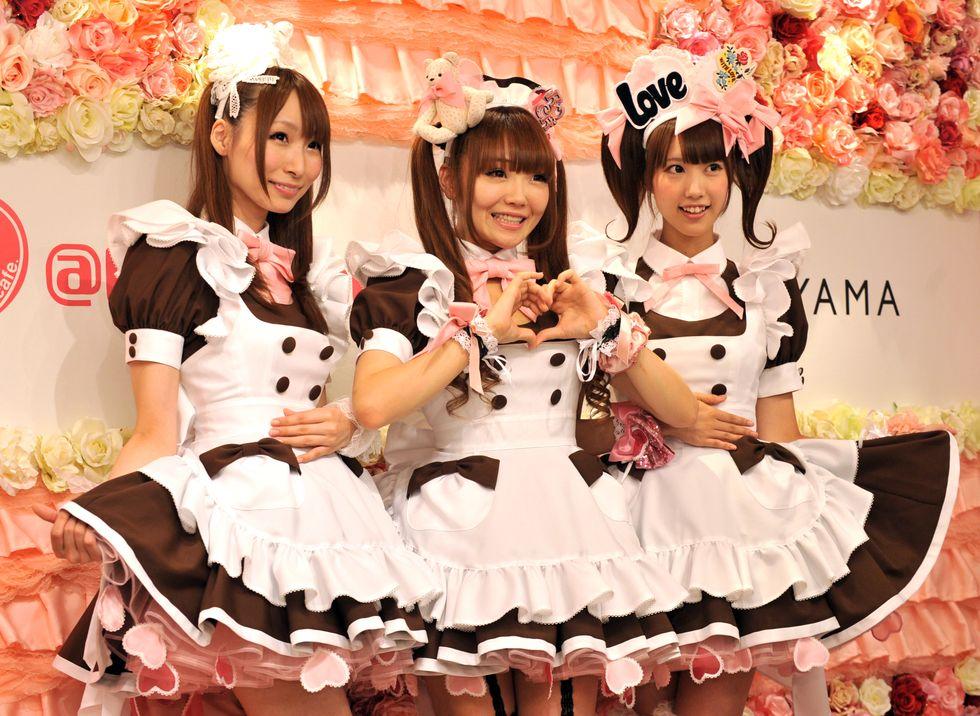 Japanese waitresses