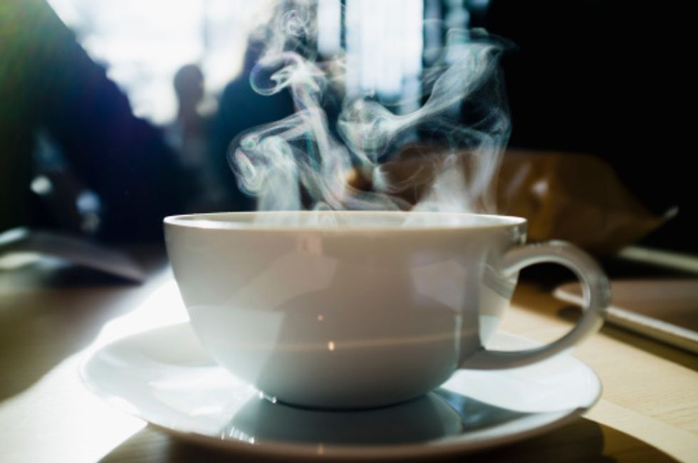 """""""Very Hot"""" Drinks like Tea May Give You Cancer - But Coffee Won't"""
