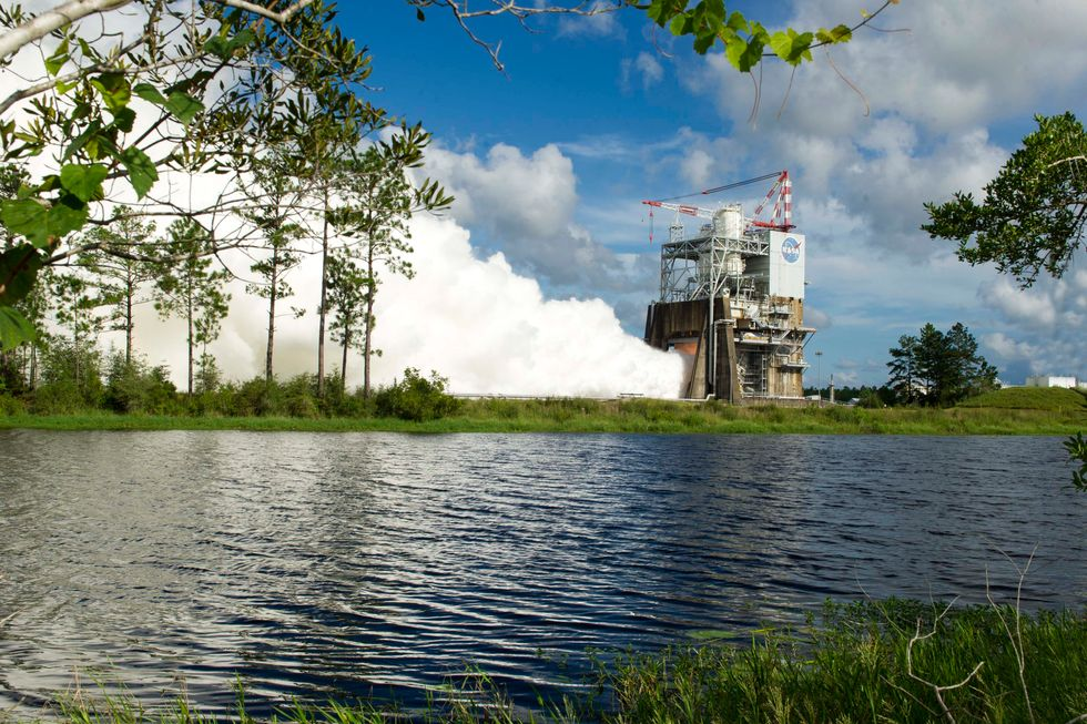 NASA Successfully Tests the Engine That Will Take Us to Mars
