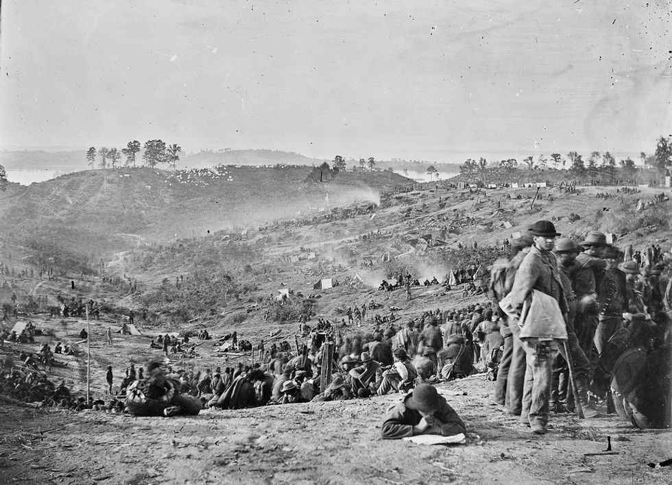 Confederate prisoners awaiting transportation, Belle Plain, Va, 1865