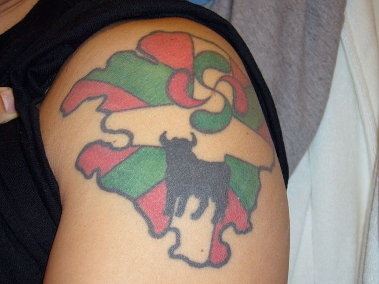 556 The World On Your Shoulders Map Tattoos Big Think