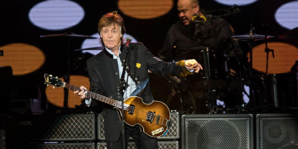 Paul McCartney Surprises Commuters with a Concert