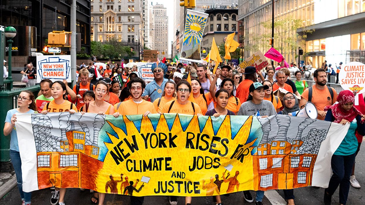 250,000 People #RiseForClimate on All 7 Continents