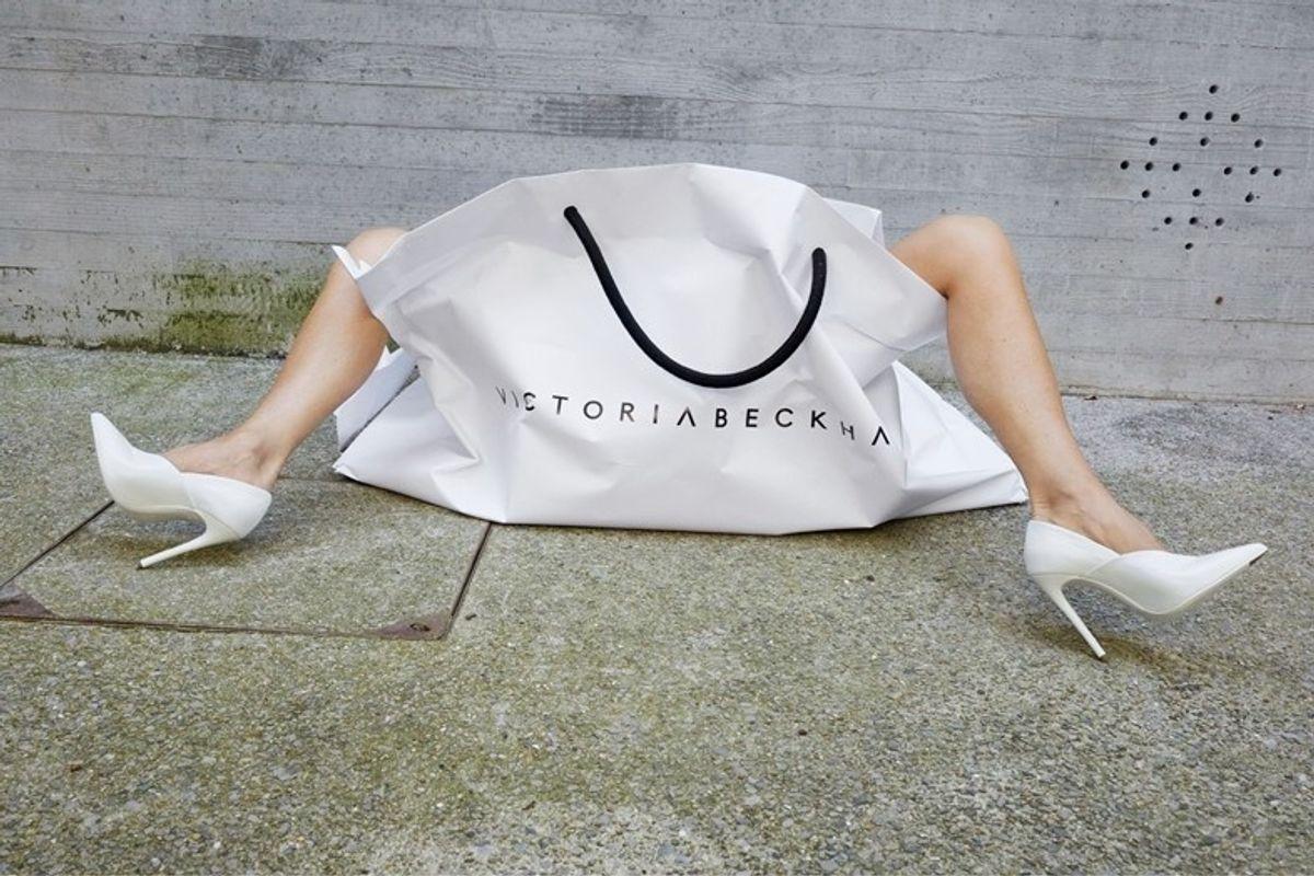 Victoria Beckham Recreates 2008 Marc Jacobs Campaign