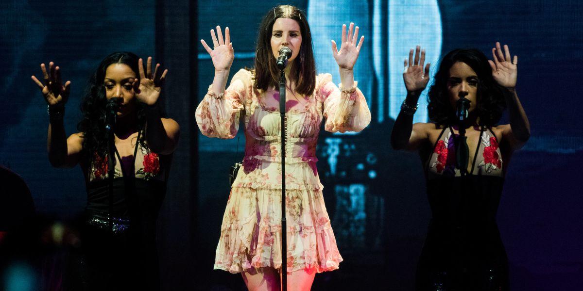 Lana Del Rey Plays With Butterflies In Her New Video