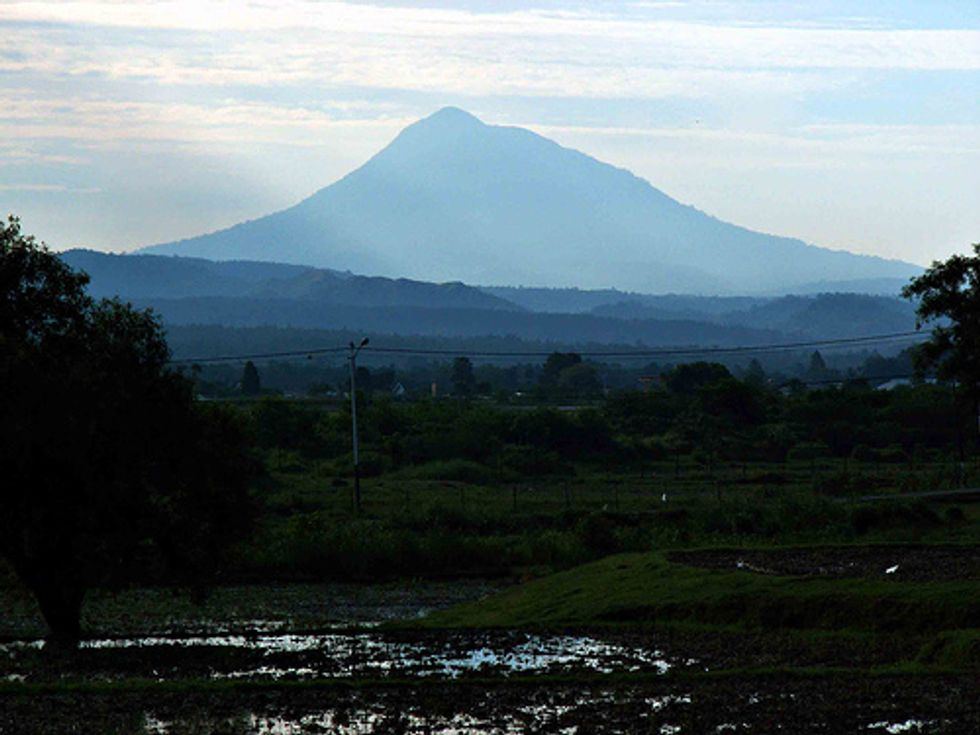 Alert level raised at another Indonesian volcano: Seulawah Agam