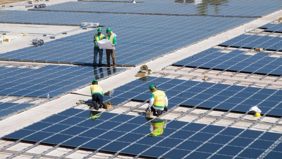Ray Kurzweil: Solar Will Power the World in 16 Years