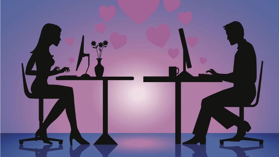 Looking For New Love Online is a Major Cause of Divorce - BUSTED