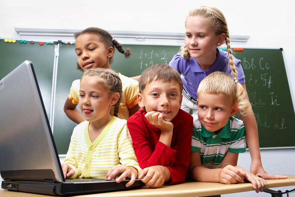 Search Engines replace Teachers and Parents