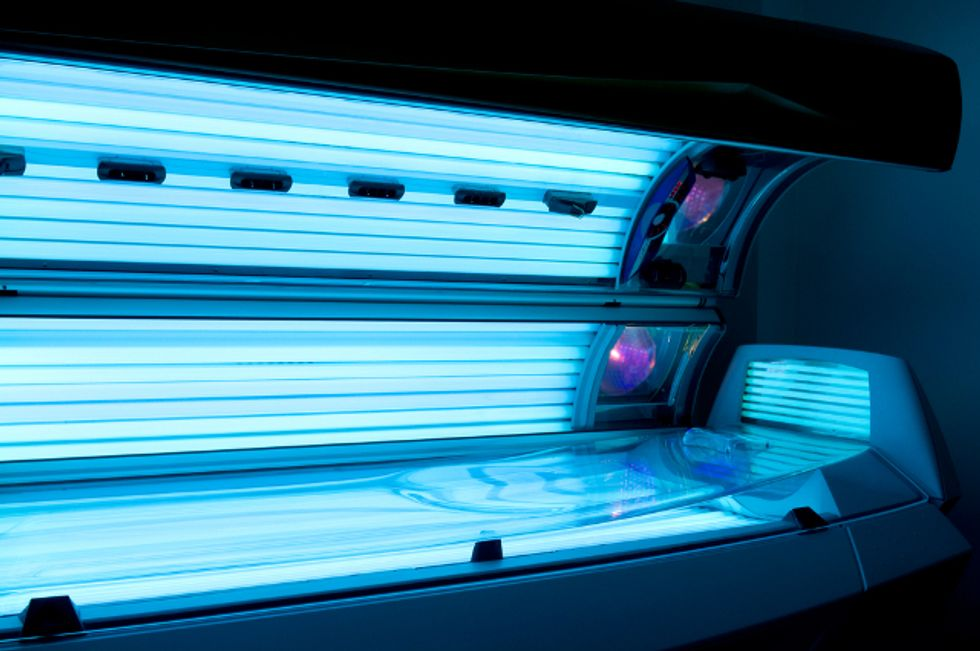 "Tanning Salons Say They're Victims of the ""Sun Scare Industry"""