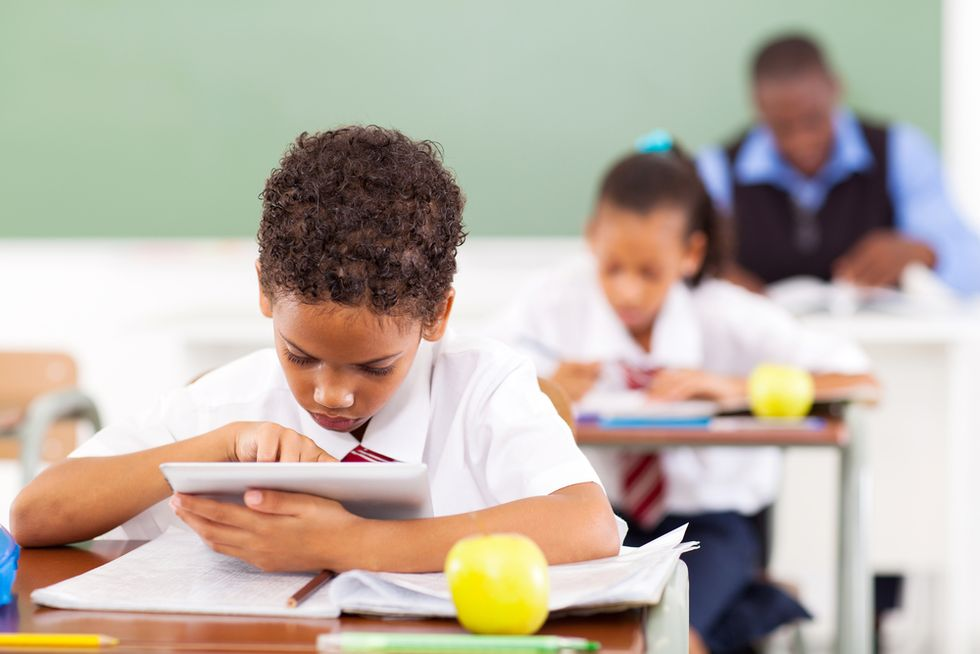 7 Must-Have Android Tablet Apps For the Classroom