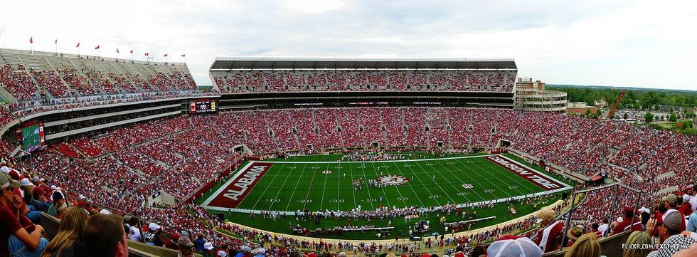 The 10 Stages Of A 2:30 P.M. Kickoff, As Told By Alabama Students