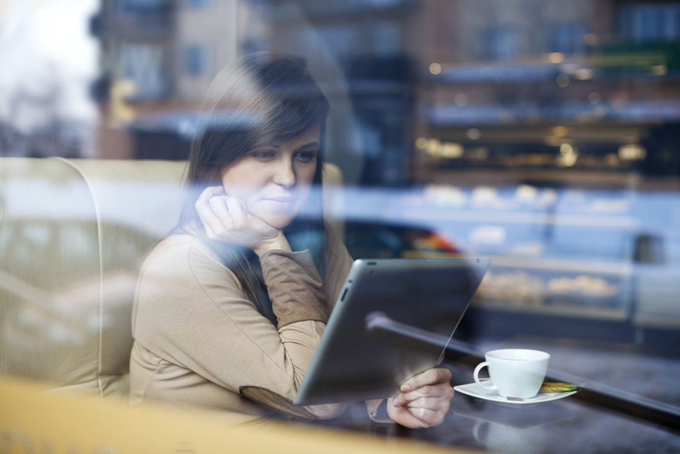 Ambient Coffee Shop Chatter Boosts Creativity