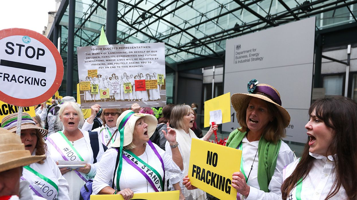 Fracking to Restart in England Within Weeks