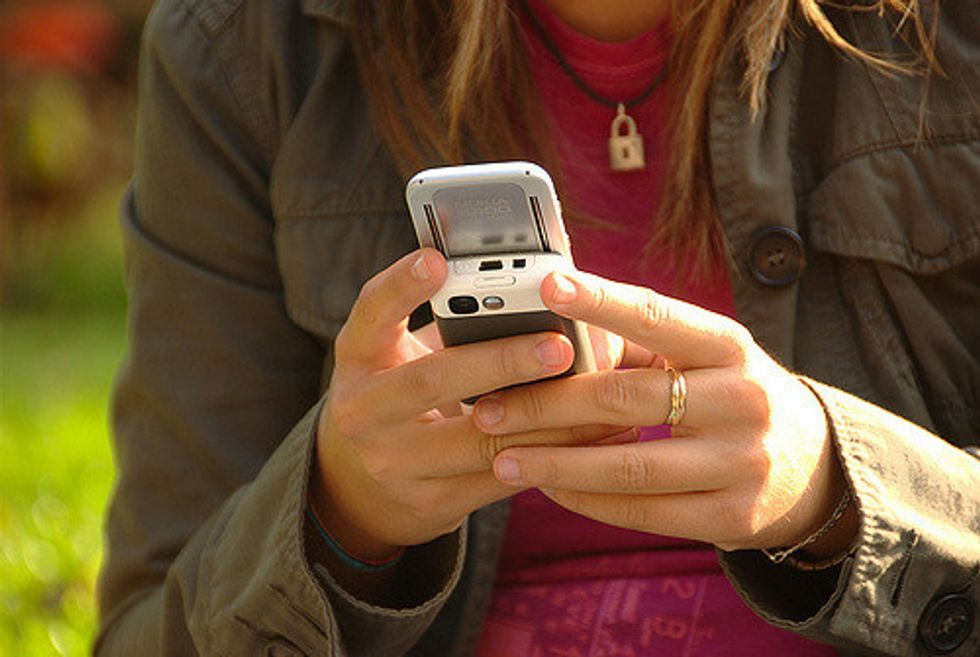 7 Reasons They Didn't Text Back, Probably