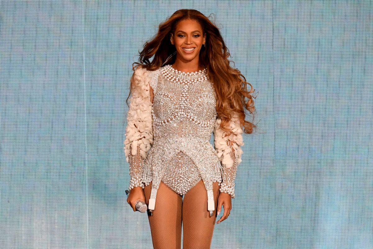 Beyoncé Wore $50 Yeezy Lookalikes, and Kanye Seems Convinced