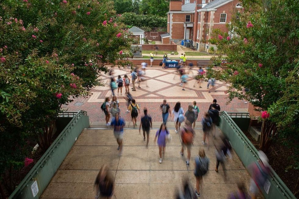 What They Don't Tell You About Going To A Large University