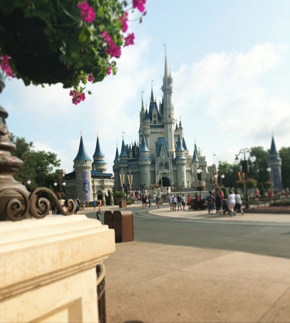 7 Thoughts You Have When You PreparFor A Trip To Disney
